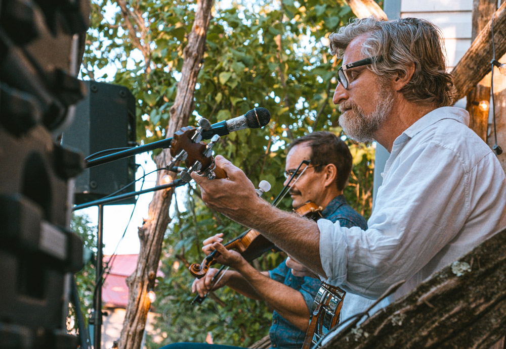 Lonesome Ace Stringband at the Cove